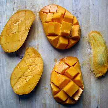 Cutting Mangoes